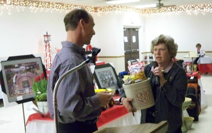12th Annual Scholarship Auction_03